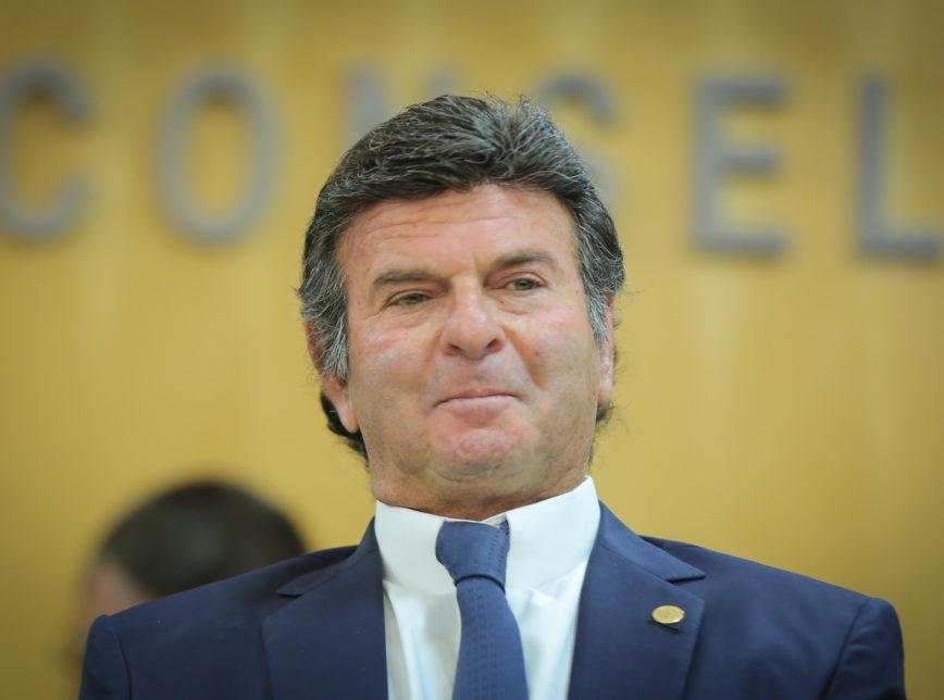 Moro e Dallagnol citam apoio de Luiz Fux em novo diálogo vazado Moro e Dallagnol citam escora de Luiz Fux em novo diálogo vazado