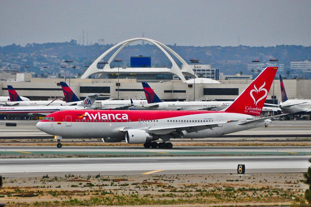 Voo Rio Nova York da Avianca vai durar mais de 24 horas Voo Rio Nova York da Avianca vai insistir mais de 24 horas